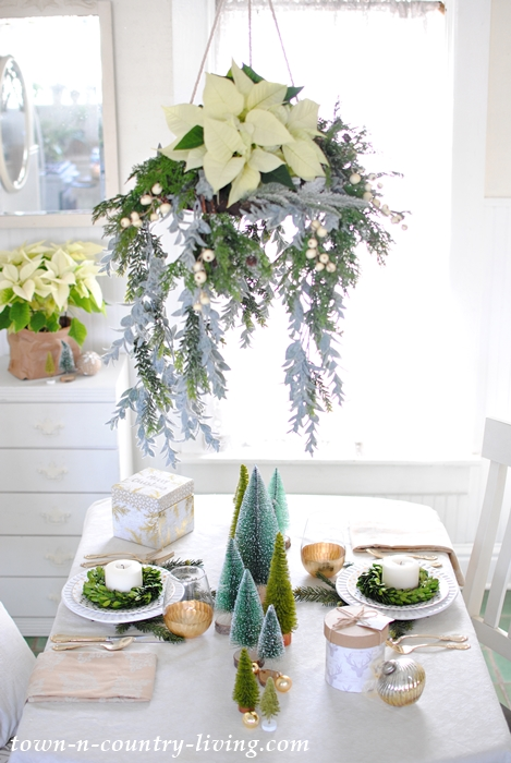 Christmas floral chandelier in a farmhouse breakfast nook