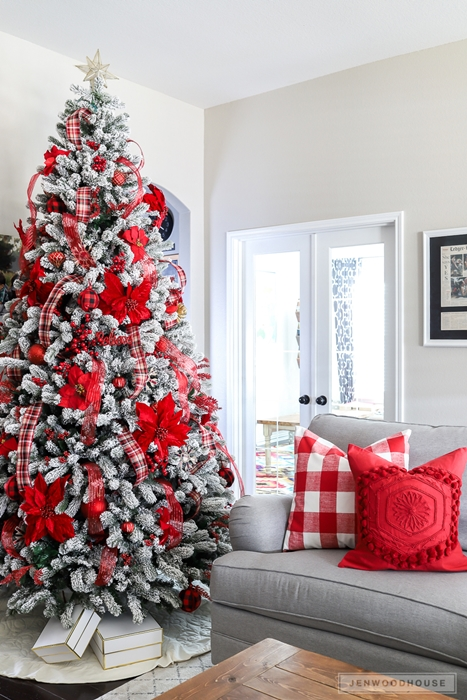 Red and White Christmas Tree from The House of Wood