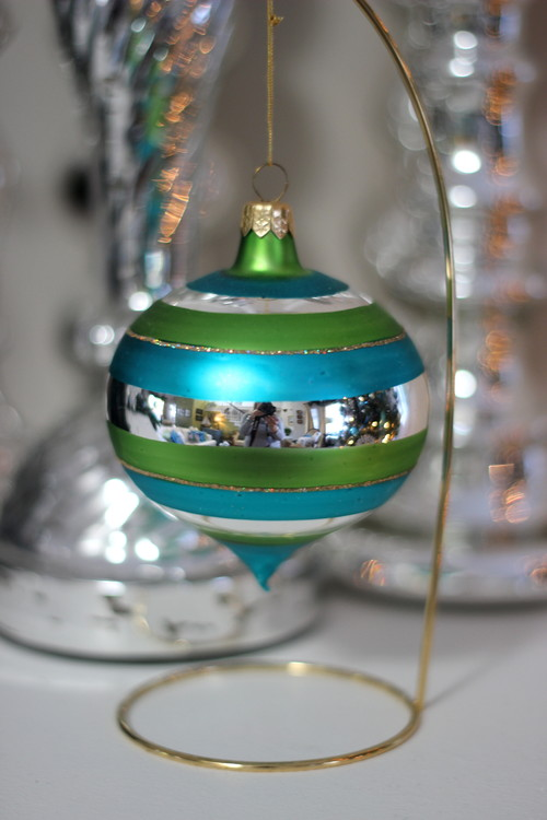 Christmas Ornament on Stand