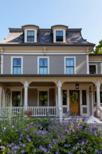 13 Houses with Great Curb Appeal