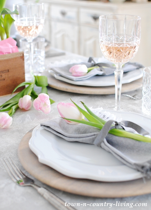 Pink and Gray Valentine Table Setting & Pink and Gray Valentine Table - Town u0026 Country Living