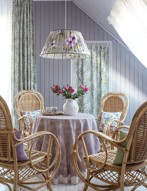 Cottage Style Dining Room in Lavender