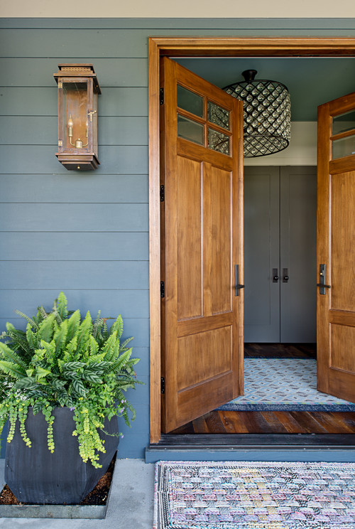 Farmhouse Front Door Entryway