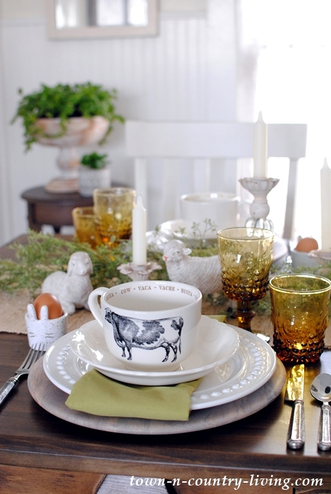 Cozy Farmhouse Easter Brunch Table Setting