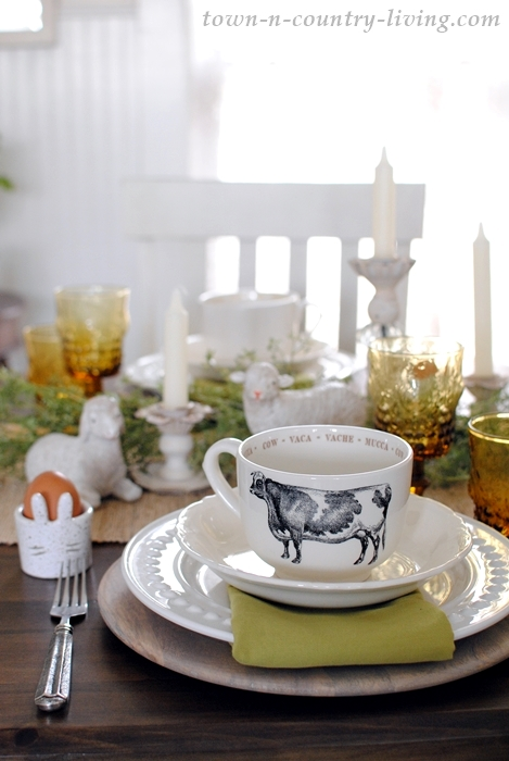 Farmhouse Easter Brunch Table Setting