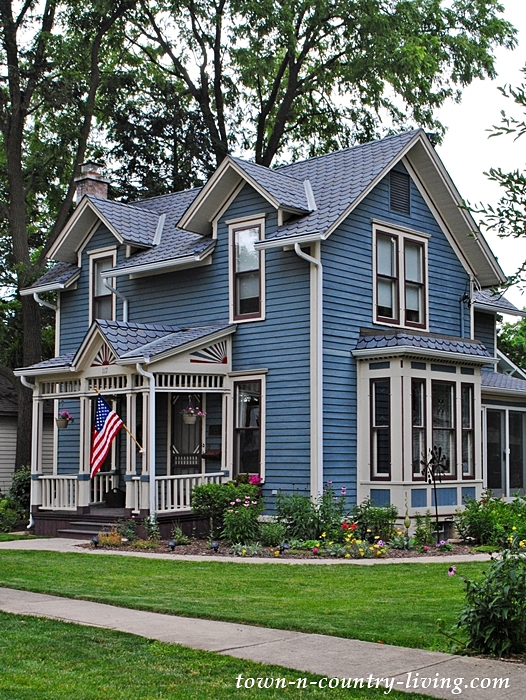 Historic Blue Home in Geneva, Illinois