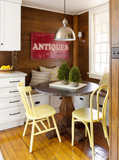 Country Style Breakfast Nook