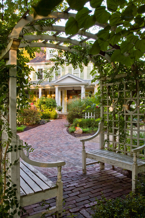 Oak Brook Garden Tour - cottage style garden