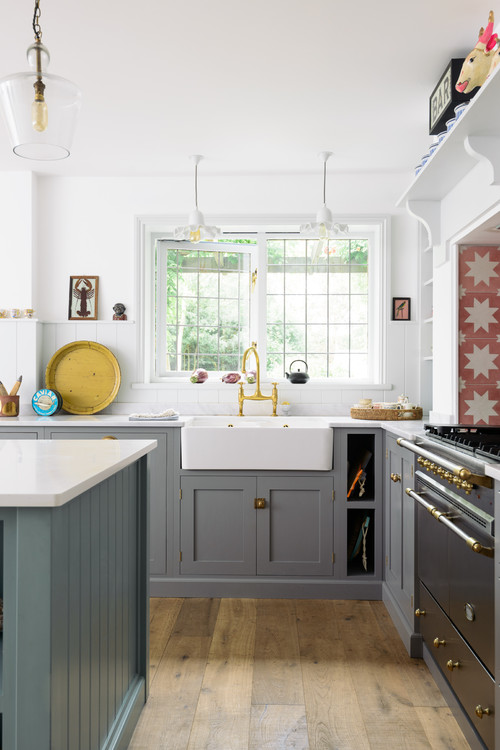 Sunny Gray and White Bespoke Kitchen
