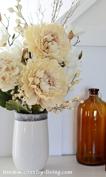 Cream Colored Flower Arrangement