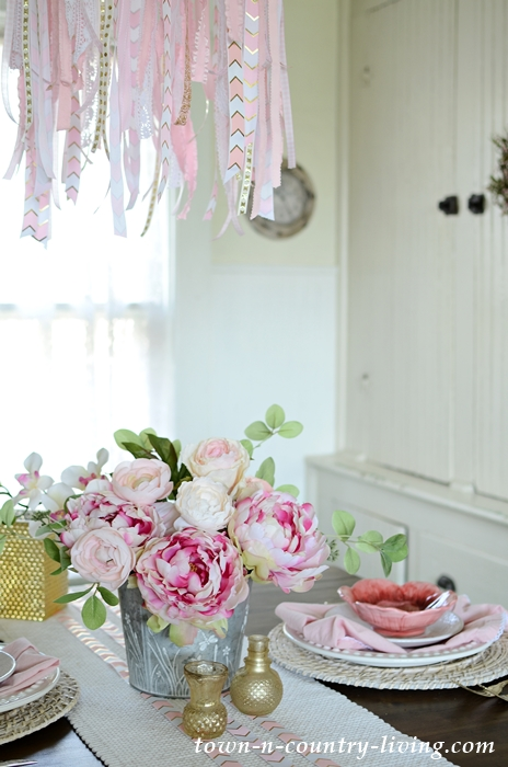 Pink and White Table Setting in Farmhouse Breakfast Nook