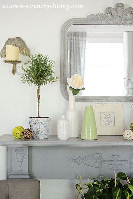 Create a Simple Summer Mantel with a Vintage Mirror, Plants, and Vases