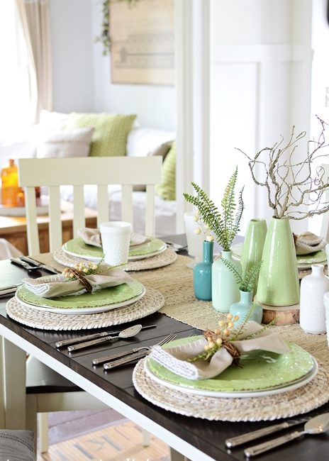 Super Simple Table Setting in Farmhouse Dining Room