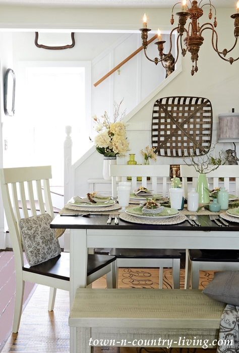 Farmhouse Dining Room in Earth Tones and Texture