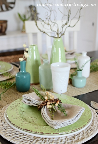 Town and Country Living Summer Table Setting
