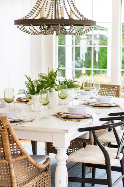 Zevy Joy Summer Table Setting