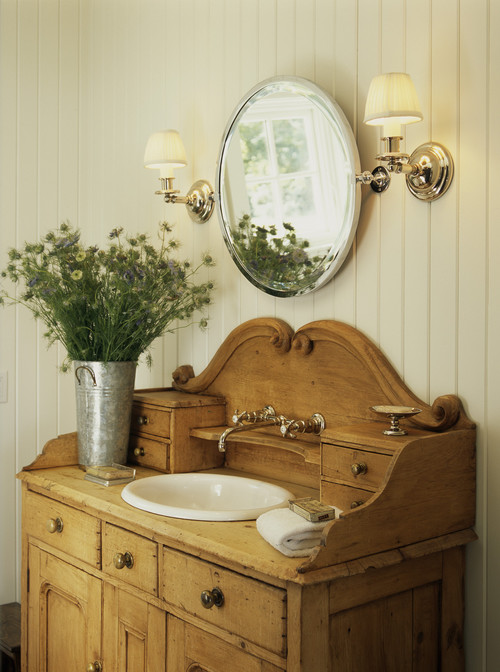 Vintage Wood Vanity in Farmhouse Bathroom