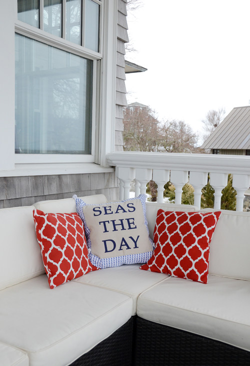 Oceanfront Home with Outdoor Deck