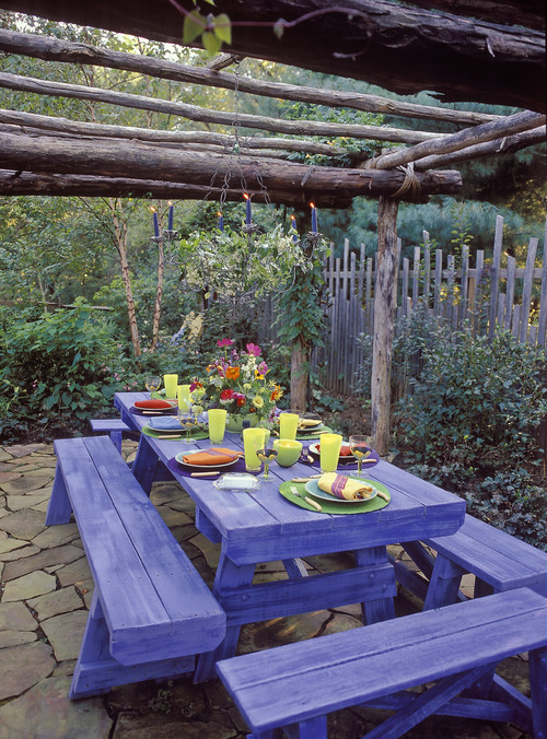Outdoor Dining with Purple Picnic Table