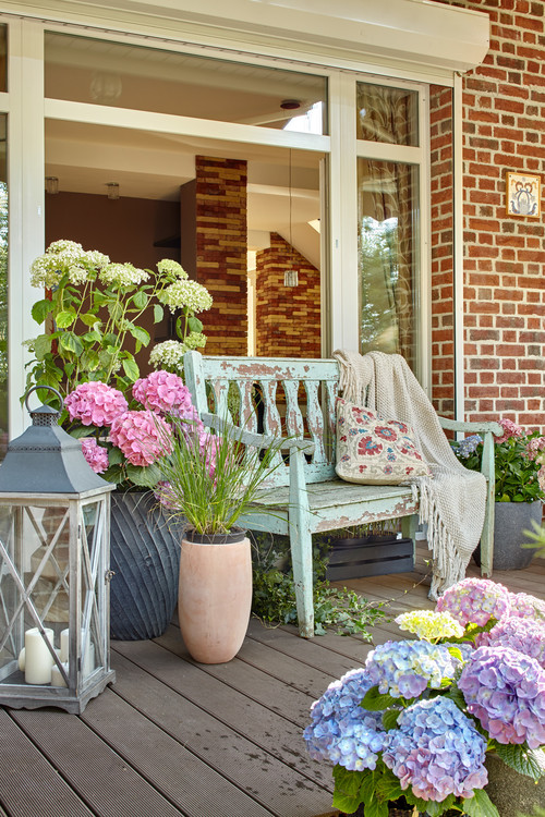 Flea Market Style on Farmhouse Porch