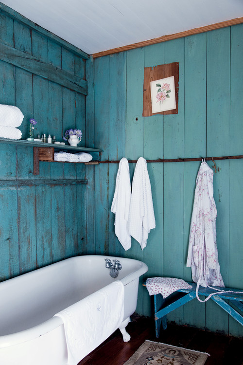 Rustic Farmhouse Bathroom in Aqua