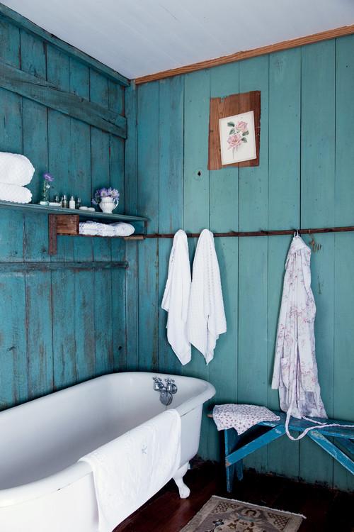 Rustic Farmhouse Bathroom in Aqua