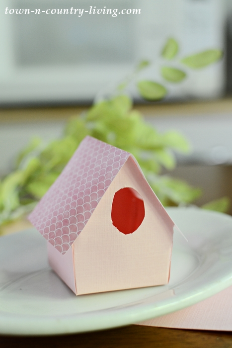 How to Make Paper Birdhouse