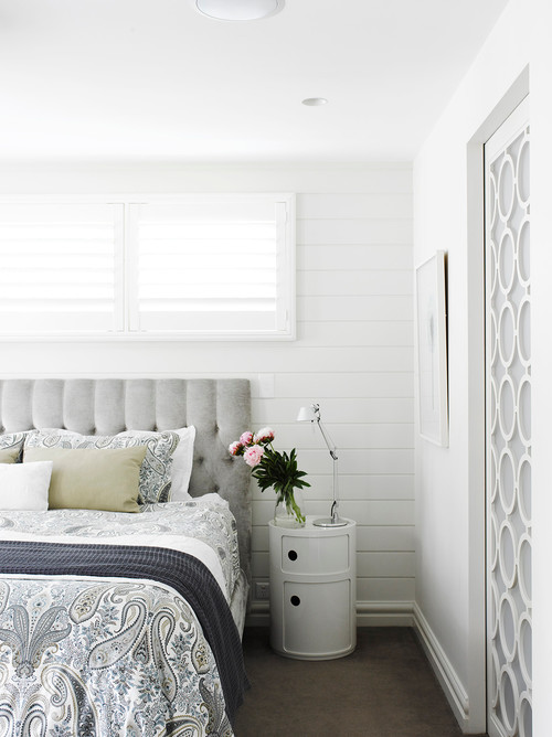 Contemporary Bedroom in Light Neutrals