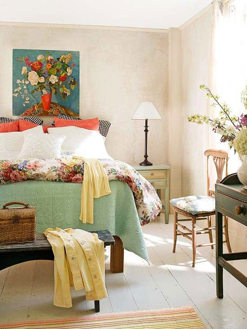 Fun Color in a Summer Fresh Bedroom