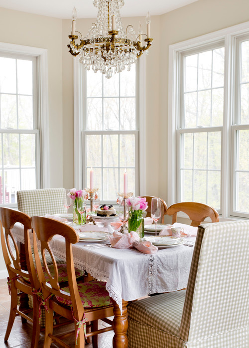 Sunny Corner Breakfast Nook in Bay Window