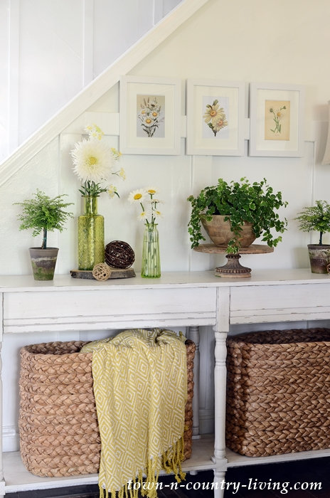 Daisy Printables over Farmhouse Console Table