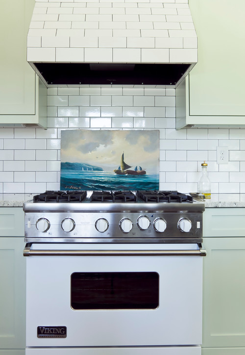 Subway Tile on Range Hood in Ranch Kitchen