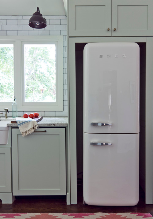 SMEG refrigerator in seventies ranch kitchen