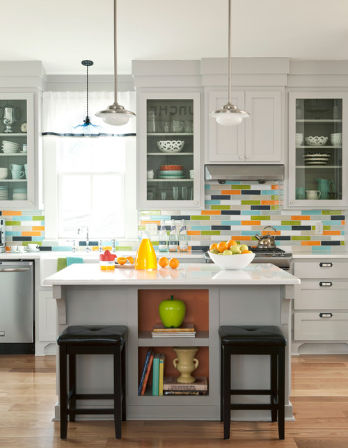 Brightly Colored Back Splash in Modern Kitchen