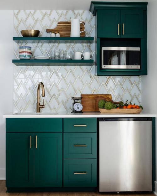 Kitchen Cabinet Interior Design: Small Kitchen: How To Make It Work