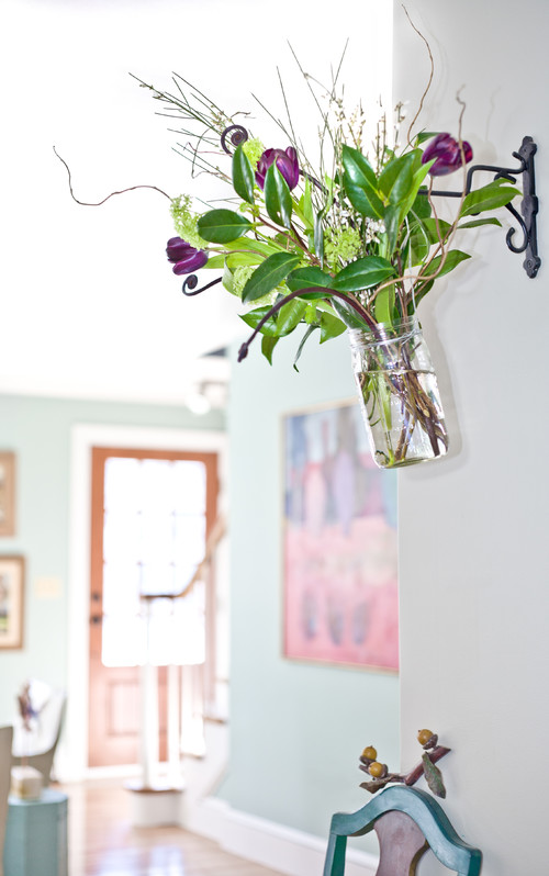 Flower Arrangement in Hanging Mason Jar