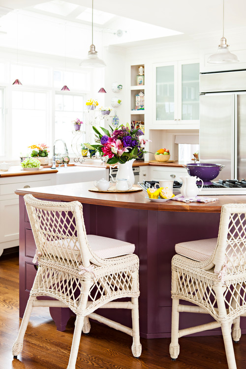 Shades of Purple in a White Kitchen