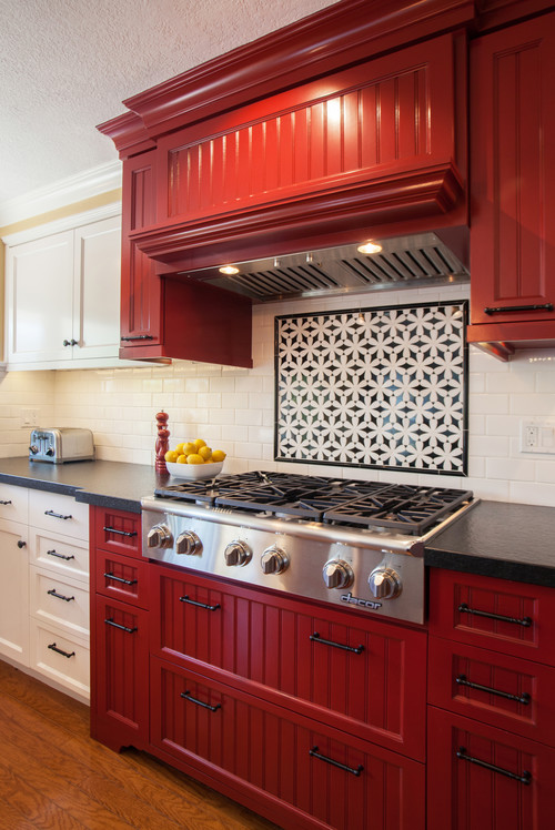 Red decorating in a farmhouse kitchen