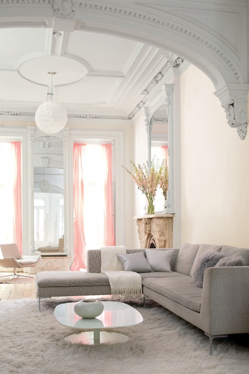 Living Room Decorated in Old World Glam Style