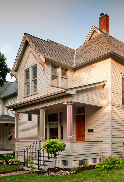 Simple Victorian Home in Cream and Pink