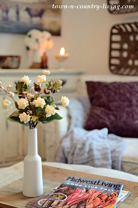 Cozy Fall Decorating with Autumn Flowers and Wine Pillow