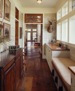 How to Use Reclaimed Wood in Your Home