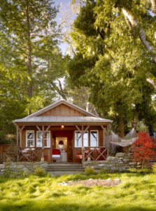 Charming Camp Cabin That Will Capture Your Heart
