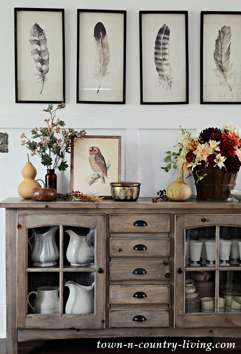 Neutral Fall Decorating in a Country Home