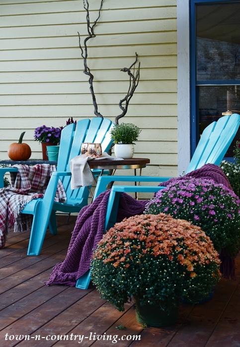 Outdoor Fall Decorations on the Deck