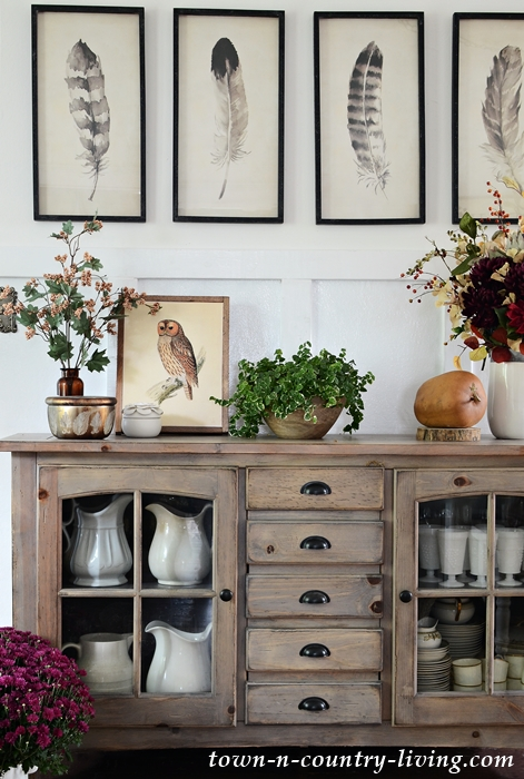 Country Style Fall Home Tour with Owl and Feather Wall Art