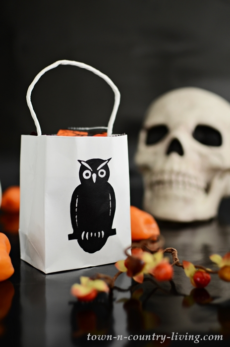 Vintage Black Owl Halloween Treat Bag