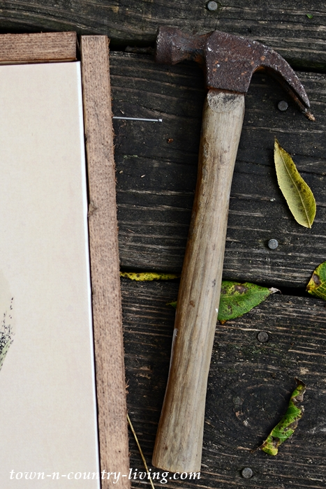 Use Wood to Frame Artist Canvas