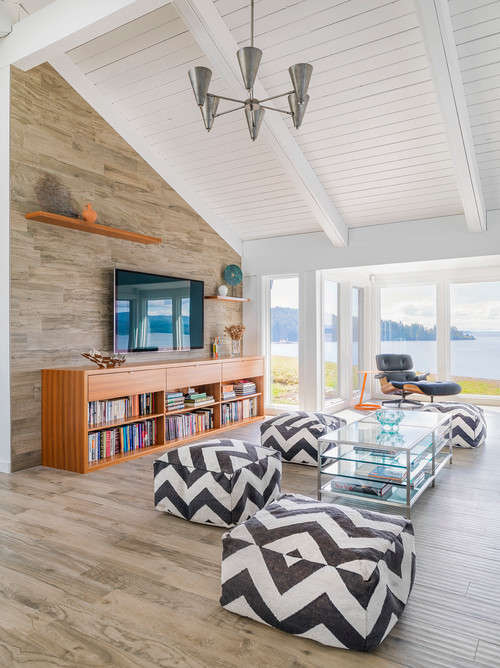 Contemporary Family Room in Vancouver Island Retreat