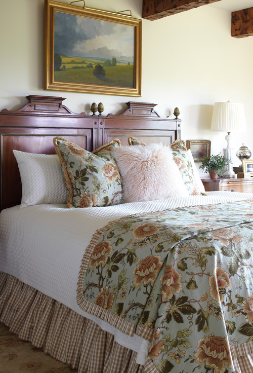 Country Style Bedroom with Floral Bedding